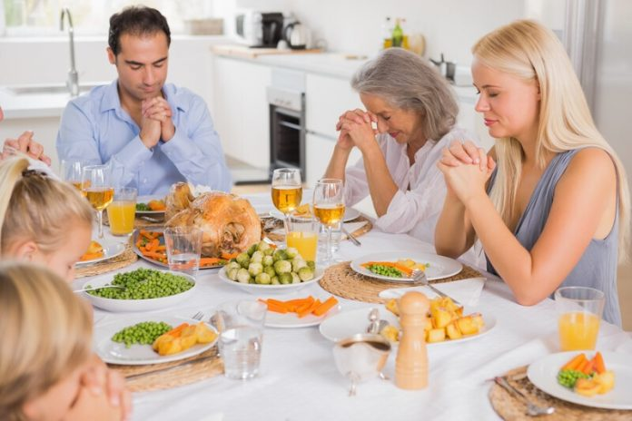 Prayer at the dinning table
